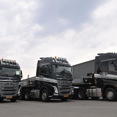 3 nieuwe SL- opleggers voor HLS Almelo